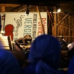 Collaboration - Michel Vézina - poésie et Pauline Gonzalo - guitare dans le hangar