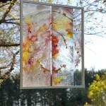 Amélie Lemay-Choquette, peinture sur verre dans le pommier